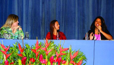 Debate sobre conjuntura política abre a I Mostra de Psicologia e Políticas