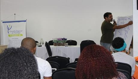 Discussão sobre alteridade, dominação e identidade marcam primeiro dia de Seminário no CRP-03