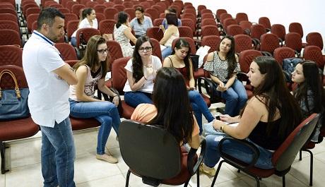 Luís Eduardo Magalhães recebe evento do Mês da Psicologia
